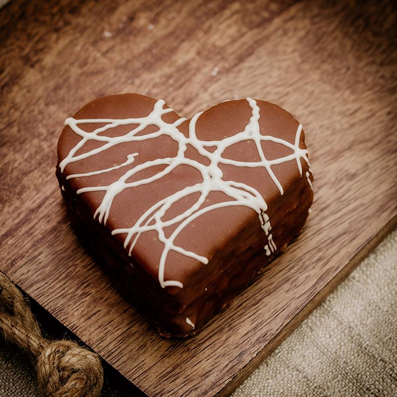 Bäckerei Hager Konditorei Valentinstag Schokoherz