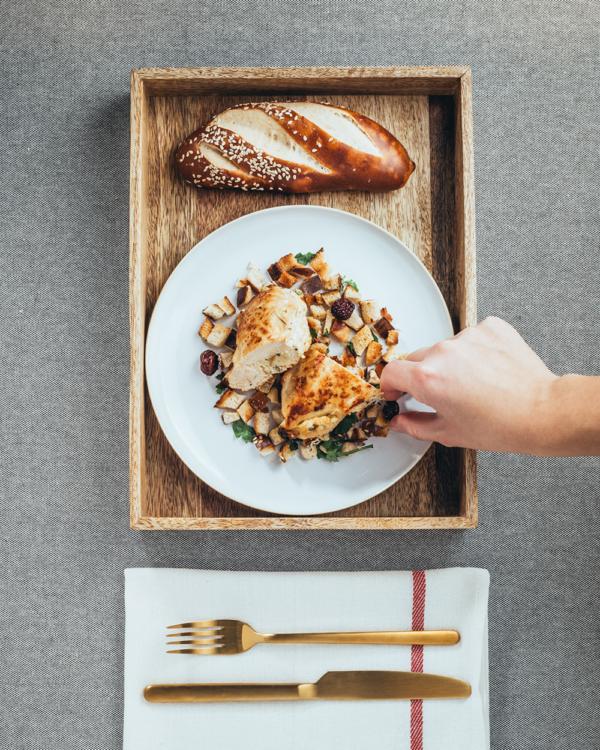 Brotrezept: Putenbrust mit Kräuter-Brot-Fülle