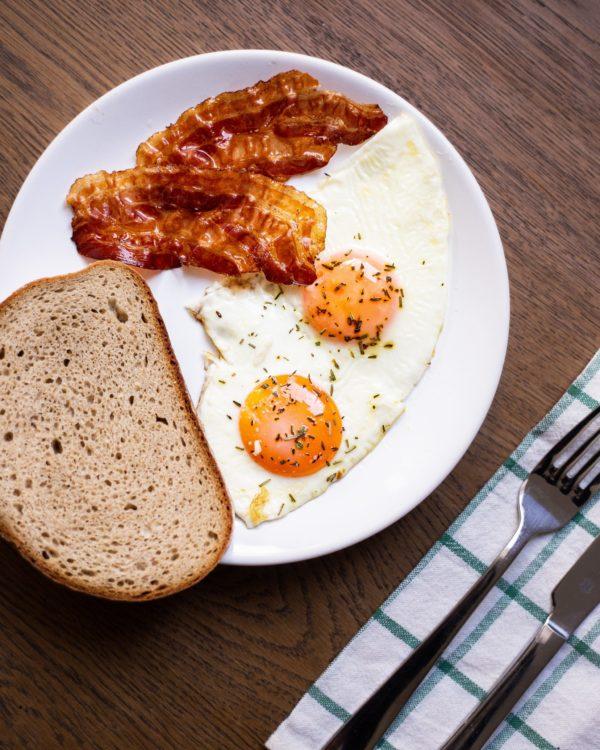 Guten Morgen! Zeit zum Frühstücken